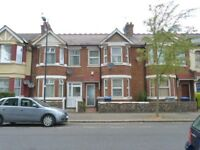 Stunning three bedroom house with a garden available to rent in Neasden - Jubilee Line