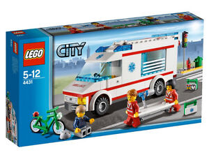 LEGO CITY 4431 - Ambulance BRAND NEW SEALED Retired SOLD