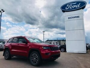 2017 Jeep Grand Cherokee Trailhawk, 4x4, LOADED, Leather!!