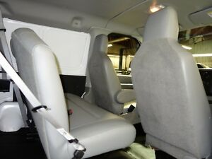 2014 Ford E-250 Extended Cargo Van Peterborough Peterborough Area image 7