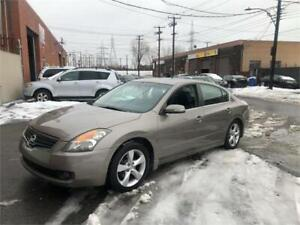 2007 nissan altima 3,Ss- AUTOMATIC- cuir-toit-mags-   2400$