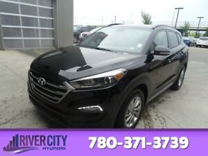 2018 Hyundai Tucson AWD SE Leather,  Heated Seats,  Panoramic Ro
