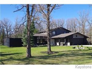 SPACIOUS HOME ON MATURE TREED LOT!!