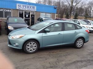 2012 Ford Focus SE Fully Certified! Located at Welland store!