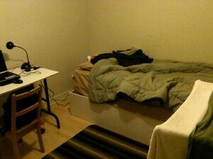 Belle chambre, à 50m de l'université de Trois-rivières