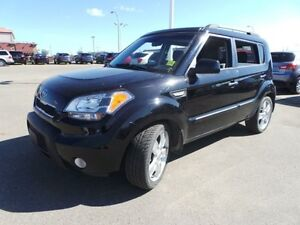 2011 Kia Soul 4U RETRO Heated Seats,  Sunroof,  Bluetooth,  A/C,