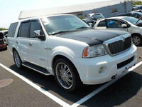 FRESH IMPORT LINCOLN NAVIGATOR V8 AUTOMATIC 7 SEATER IN PEARL WHITE