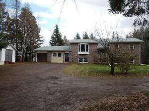 Large 4 bedroom house in Travellers Rest