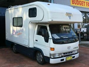 2000 Toyota Road King Toyota Camroad White Motor Camper 2WD Taren Point Sutherland Area Preview