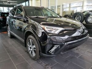 2018 Toyota RAV4 LE, HEATED SEATS, REAR VIEW CAMERA, ACCIDENT FR