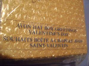"AVON Hat Box Teddies Collectible Bear ""Valentine's Day"" - SEALED London Ontario image 2"