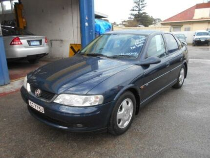 2000 Holden Vectra Jsii CD Blue 5 Speed Manual Hatchback Christies Beach Morphett Vale Area Preview