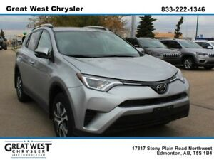 2017 Toyota RAV4 LE**AWD**BACK UP CAM**HEATED SEATS**PREMIUM RIM