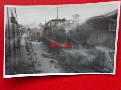 PHOTO  GWR CLASS 28XX LOCO NO 1809 AT HEREFORD 27/6/64