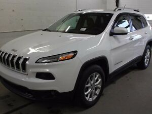 2015 Jeep Cherokee NORTH/ 3.2L V6/ TRAILER TOW/ POWER SEAT/ GOLD
