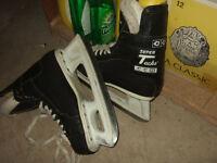 super tacks CCM size 9 skate