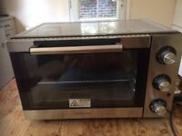 Cookworks Mini Oven KWS 1523R-F2U - NEVER BEEN USED