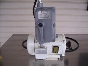 Moteur Baldor 120V-220V, 1 phase, anti-explosion, Cutler-hammer - Baldor 1.5 HP XP motor