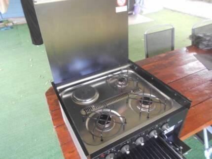 Smev  ..  caravan stove top Lansdowne Greater Taree Area Preview