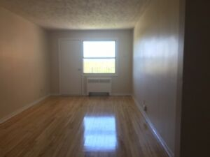 LEASE TAKEOVER - ONE BEDROOM - DECEMBER 1