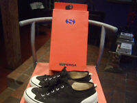 SUPERGA Italie les SNEAKERS Running Shoes NOIRS BOITE INCLUSE