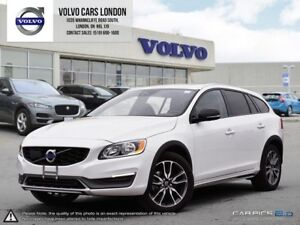2016 Volvo V60 CROSS COUNTRY T5 Premier | All Wheel Drive | Heat