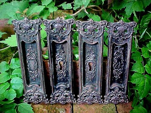 4 ANTIQUE VICTORIAN ART NOUVEAU CAST IRON POCKET DOOR KEYHOLE LOCK PLATE HARDWAR