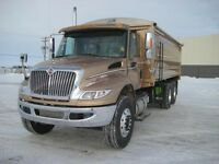 2016 International 4400 6x4, New Grain Truck