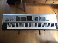 Roland Fantom X8 keyboard - Mint condition