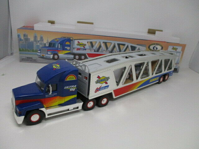 Sunoco 1999 Car Carrier w/ Action Friction Race Car