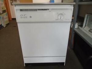 1001468 PORTABLE GE DISHWASHER ** LAVE VAISSELLE  PIORTABLE GE