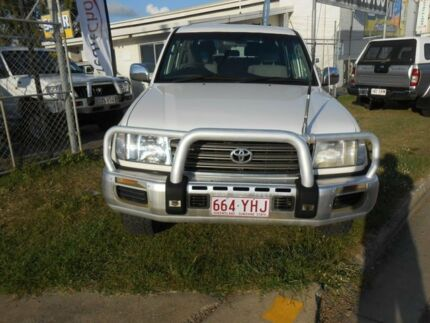2002 Toyota Landcruiser HZJ105R GXL White 5 Speed Manual Wagon Garbutt Townsville City Preview
