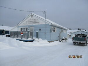 DOUBLE GARAGE,Double Lot home In Longlac