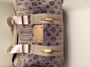 Louis Vuitton -  Hand bag