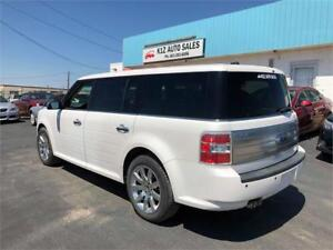 2010 Ford Flex Limited -LOW KMS COMES W/ 3 MONTH WARRANTY
