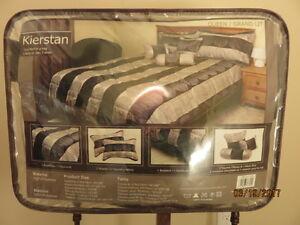 Kiersten Queen Bed Set 7 Piece