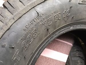 Truck tires 225/75R 16