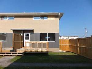 HINTON Alberta - Townhouse for Sale - $184,000
