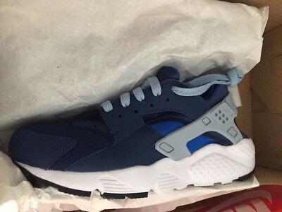 womens Nike Huarache Run Neu Damen Premium Sneaker Gr:36,5 dunkelblau weiß 90 97 ()