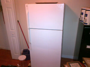Like new refrigerator for sale