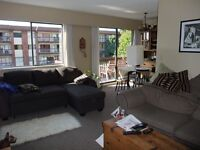 North Vancouver 2BR Balcony, Central Lonsdale
