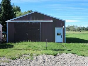 Large Vacant lot with shop in Barnwell