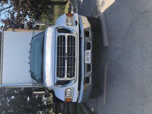 2003 FORD 650