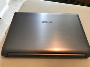 Asus N53SV Laptop 400$ BRAND NEW KEYBOARD BATTERY AND HARD DRIVE