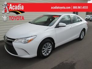 2017 Toyota Camry LE **FREE WINTER TIRES**