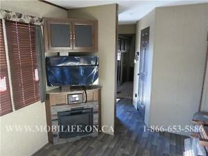 **HUGE FRONT KITCHEN**COUPLES PARK MODEL FOR SALE **CLEARANCE** Kitchener / Waterloo Kitchener Area image 9