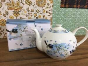 F33036 Boxed Ashdene Blue Wren Teapot NEW