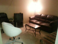 1 BEDROOM BASEMENT SUITE AVAILABLE FOR RENT TODAY $1350-DOWNTOWN