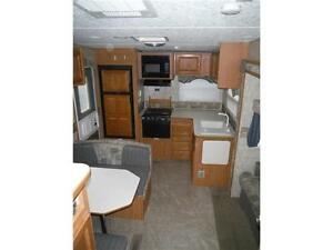 2007 Pilgrim 252RKS Rear kitchen 5th Wheel Trailer with slideout Stratford Kitchener Area image 20