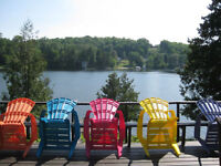 """""""25 MINUTES TO DOWNTOWN OTTAWA - Dreamy Waterfront Cottage"""